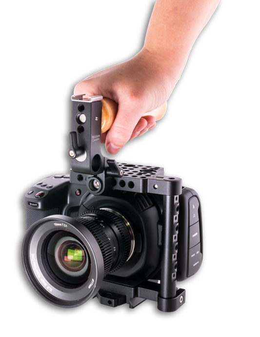 Blackmagic Design Pocket Cinema Camera 4K in Camera Cage